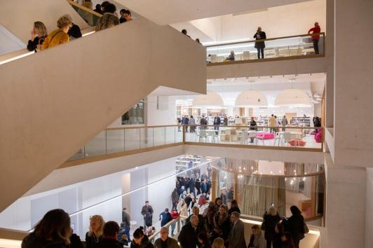 Le public a pu apprécier tout le week-end les nombreux espaces lumineux de la nouvelle médiathèque