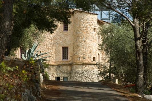 Bâtiment - Châteauvallon