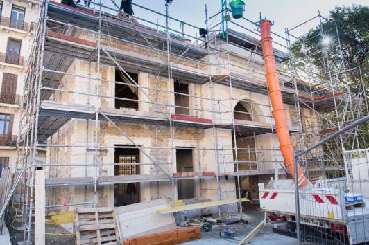 Rénovation de l'ancien pavillon d'accueil rue Chalucet