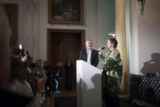 Pascale Musard, présidente du festival et Jean-Pierre Blanc, directeur du festival - Présentation des membres des jurys et des sélectionnés, 33e Festival International de Mode, Photographie et d'Accessoire de mode à Hyères