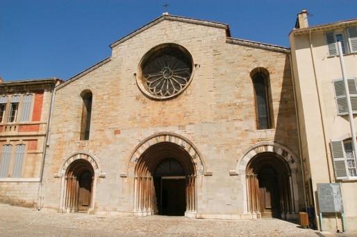 Hyères - L'église paroissiale Saint-Louis