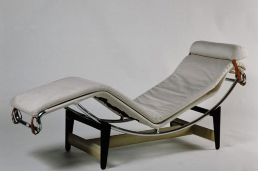 Le Corbusier (Charles-Edouard Jeanneret), Pierre Jeanneret,  Charlotte Perriand, Chaise longue B 3016, 1928-1932,  Collections du MNAM/CCi