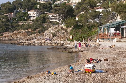 Le Pradet - plage et sentier - Les Oursinières © Olivier Pastor