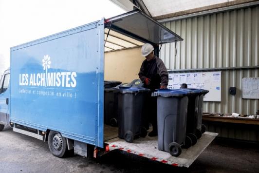 Les Alchimistes - Camion de collecte (c)Simon Lambert