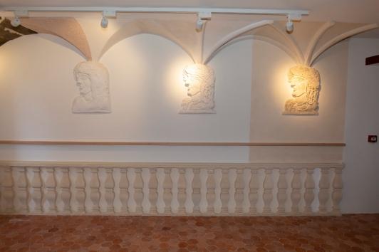 Décors de gypserie - Maison du Patrimoine d'Ollioules