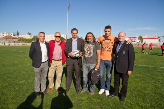 Le tournoi a été lancé en présence de Hervé Stassinos, ici entouré des anciens joureurs du RCT Manu Diaz et Thierry Louvet