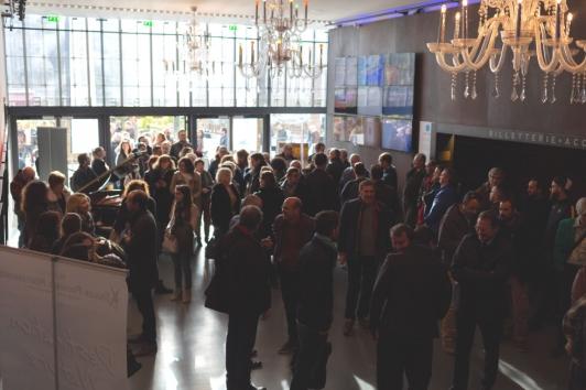 Voeux 2019 : arrivée des agents et élus au Théâtre Liberté
