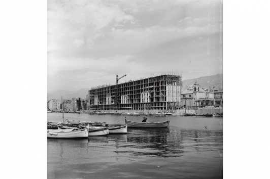Willy Maywald - La reconstruction du port de Toulon Circa - 1950 © Association Willy Maywald