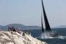 Les catamarans ont navigué au plus près des côtes et des spectateurs