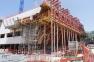 Bâtiment ESAD TPM. La paroi inclinée à 60 degrés est remarquable