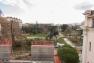 La grille et le mur de soubassement au nord du jardin Alexandre 1er ont été démontés
